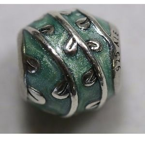 Retired PANDORA Green Vines Charm#790525E18